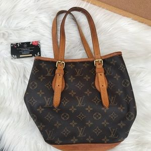 Louis Vuitton Bucket Bag pm